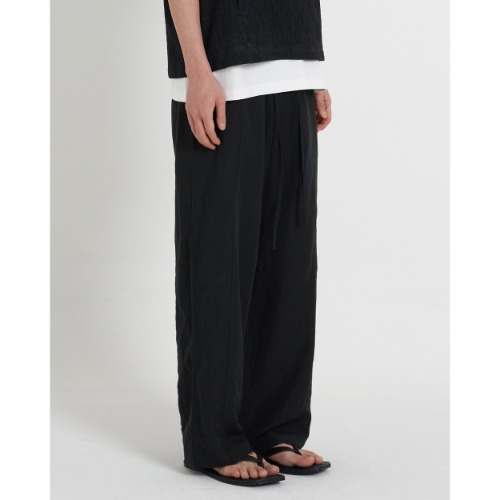 [YOUTH] Cut-off String Pants (Black)