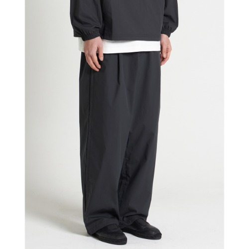 [YOUTH] Woven Jogger Pants (Black)
