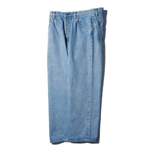 [HATSKI] Wide Tapered Denim Pants (Ice Blue)