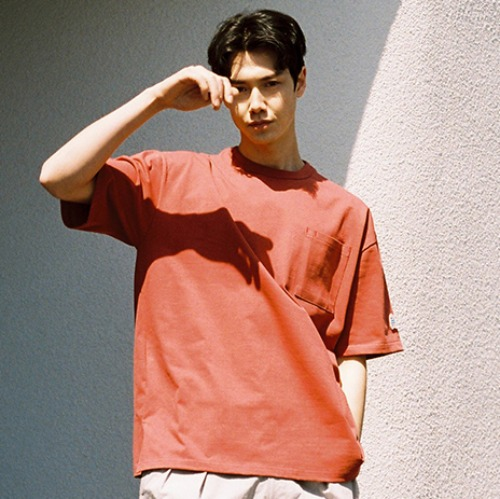 [HORLISUN] Lawrence Overfit Short Sleeve Pocket T-shirts (Cherry Tomato)